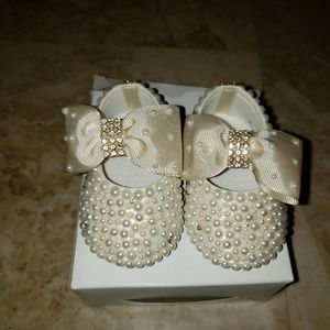 Other - Baby girl beaded shoes and bow